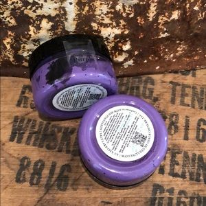 Purple chalk paste